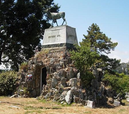 cemetery serpentine
